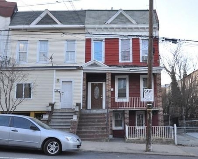 House for Sale - Bronx, 1275 Teller Ave, Bronx, NY 10456
